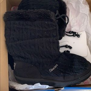 Skechers Knitted Boots